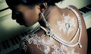 Beyaz Kına Modası Yaygınlaşıyor
