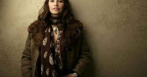 Bayan Giyim Sitesinde Şık Modeller