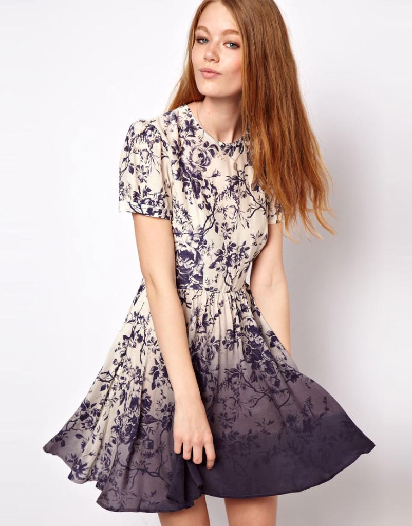 Şık mini günlük elbise